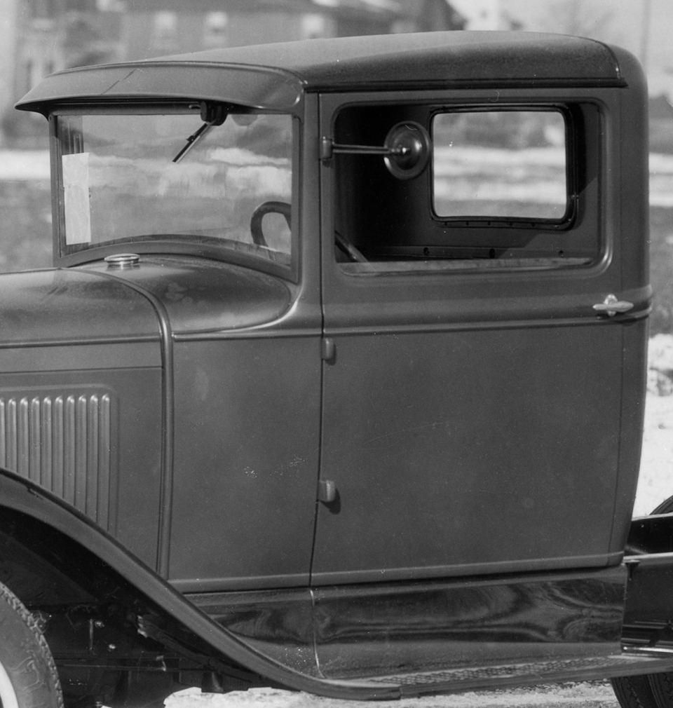 82-B Closed Cab - June 1930 - production end